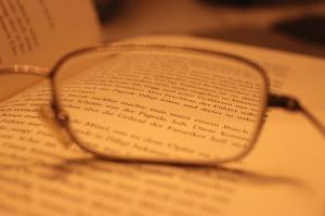 glasses-594502_640